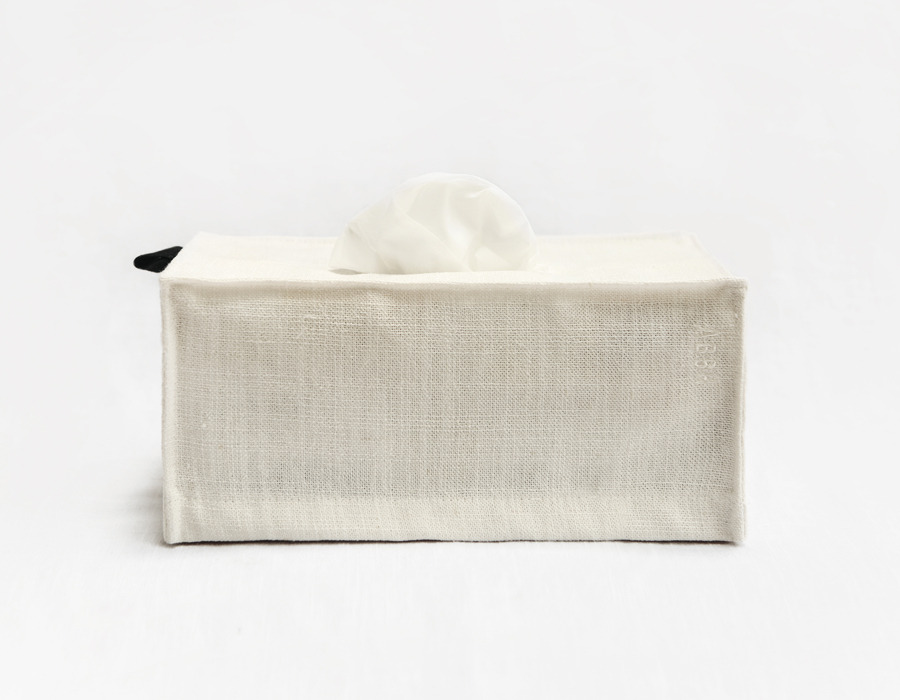 white minimal tissue box cover